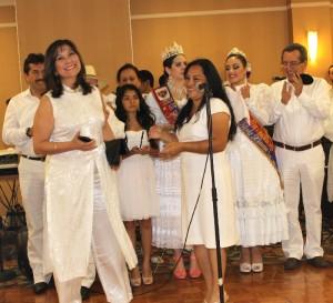 La congresista Peruana Martha Chavez, reconocidad por el apoyo brindado al Club Libertad DC